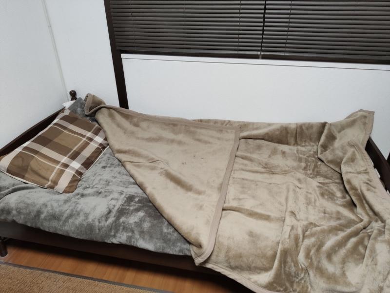 ユニクロヒートテック毛布2枚使い
